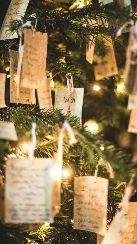 https://www.sayuri-sense.jp/wp-content/uploads/2020/12/Christmas-576x1024.jpg